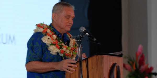 Reserve Bank of Fiji Governor Barry Whiteside delivers his welcoming remarks at the 2016 Global Policy Forum in Nadi, Fiji, on 8 September 2016.